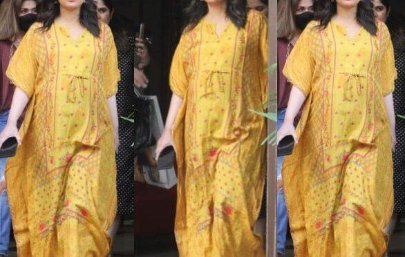 Kareena Kapoor Khan flaunts her baby bump in printed kaftan dress!