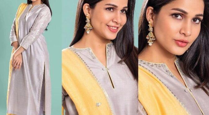 Lavanya Tripathi looking stunning in grey kurta-set by Sravanthi!