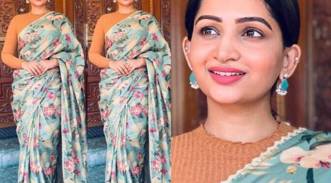 Nakshathra Nagesh in blue manipuri handloom silk saree!
