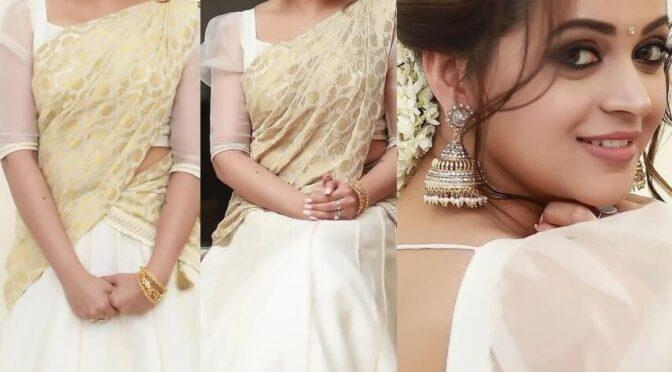 Onam 2021 : Actress Bhavana menon in Traditional Half saree by Label M!